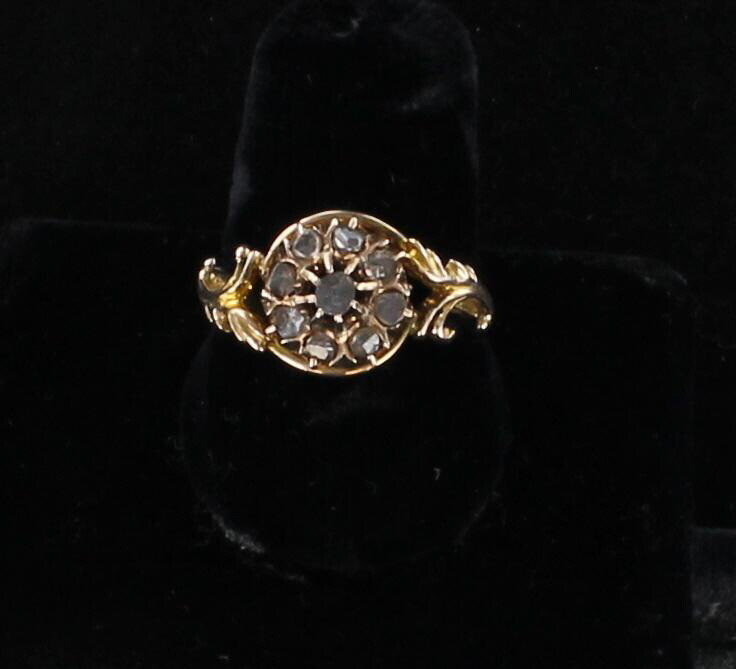 10KT ROSE CUT DIAMOND RING CIRCA 1900