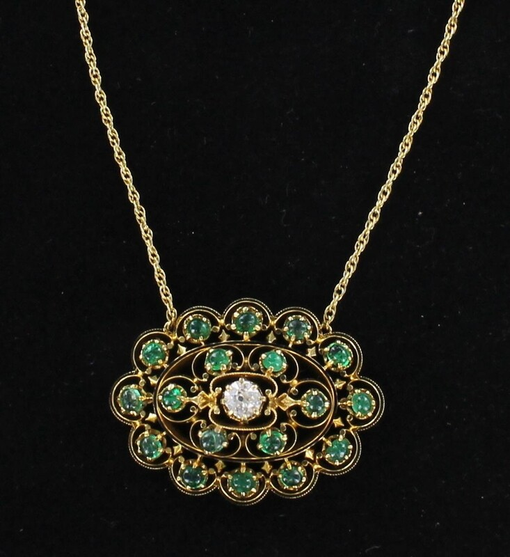 14KT YELLOW GOLD CABICHON EMERALD AND DIAMOND NECKLACE
