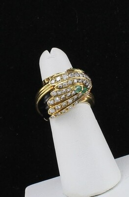 18KT YELLOW GOLD ONYX, DIAMOND, EMERALD AND CORAL RING