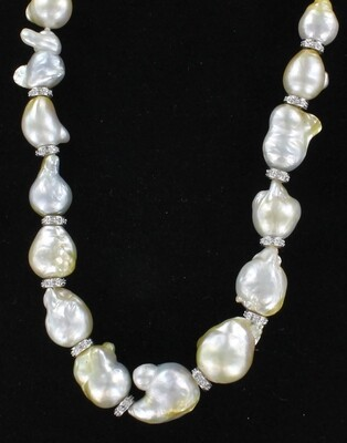 18KTW BAROQUE PEARL NECKLACE WITH DIAMOND CLASP AND DIAMOND RONDELLES