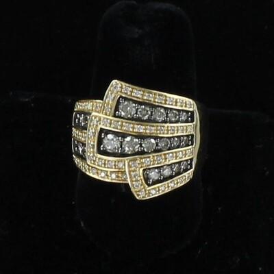 14KT LE VIAN DIAMOND RING