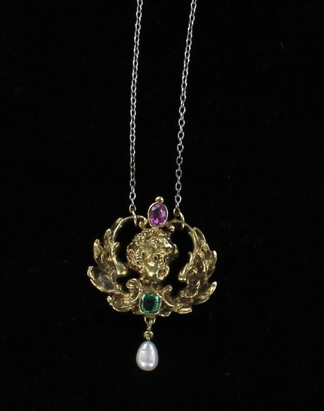 9KT/T ART NOUVEAU CHERUB NECKLACE WITH EMERALD AND PINK SPINEL