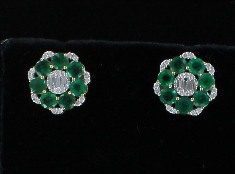 18KT 3.27 CT TW EMERALDS WITH .54 CT TW DIAMOND EARRINGS