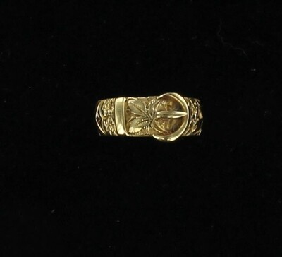 18KT BUCKLE RING, CA 1860