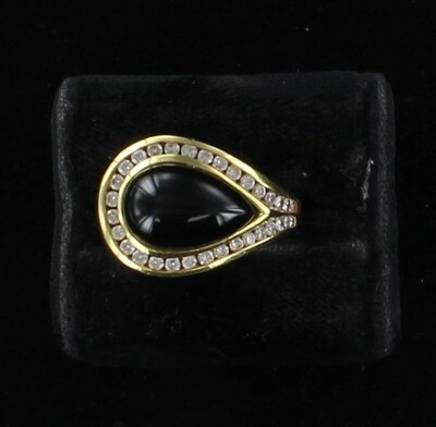 18KTY ONYX AND DIAMOND RING