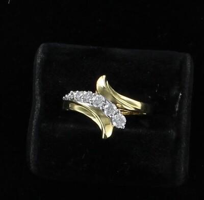 14KTY DIAMOND RING
