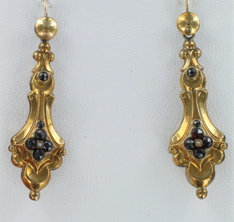 15KTY VICTORIAN GARNET DANGLE EARRINGS