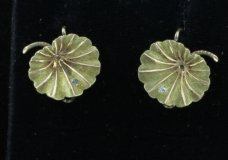 14KTY LOTUS LEAF EARRINGS