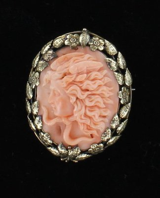 10KT CAMEO PIN/PENDANT OF MEDUSA