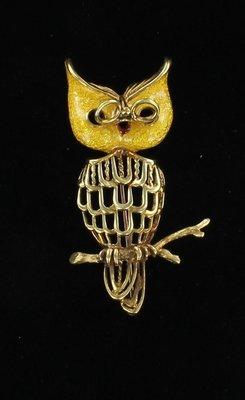 18KT ENAMEL OWL PIN