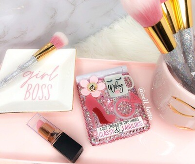 Wifey LED Design Compact Mirror