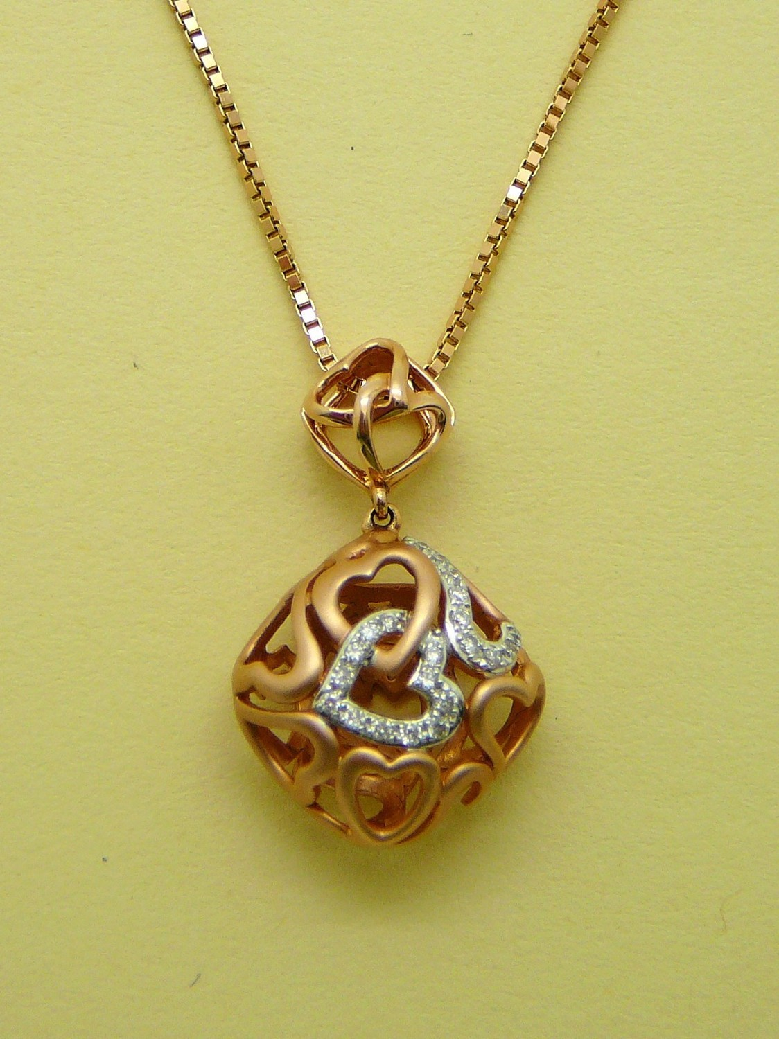 INTERLOCKING HEART Rose Gold & Dia. Chain Sold Separately