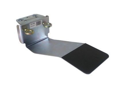 Winch support plate w/bent pin