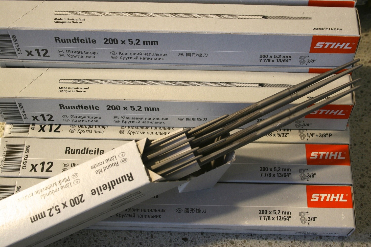 """12 Stihl Round Files 200 x 5.2MM (13/64"""") Suitable for 3/8"""" Chain"""