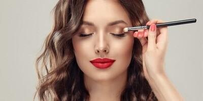 GLAM Makeup (Light Coverage)