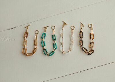 the Mia bracelet