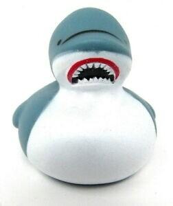 6 Bath Baby Shark Duckies