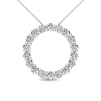 0.40Ctw Diamond Circle Pendant