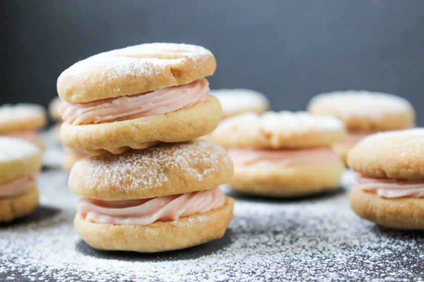 Mini Melting Moment Cookies Vanilla C&L