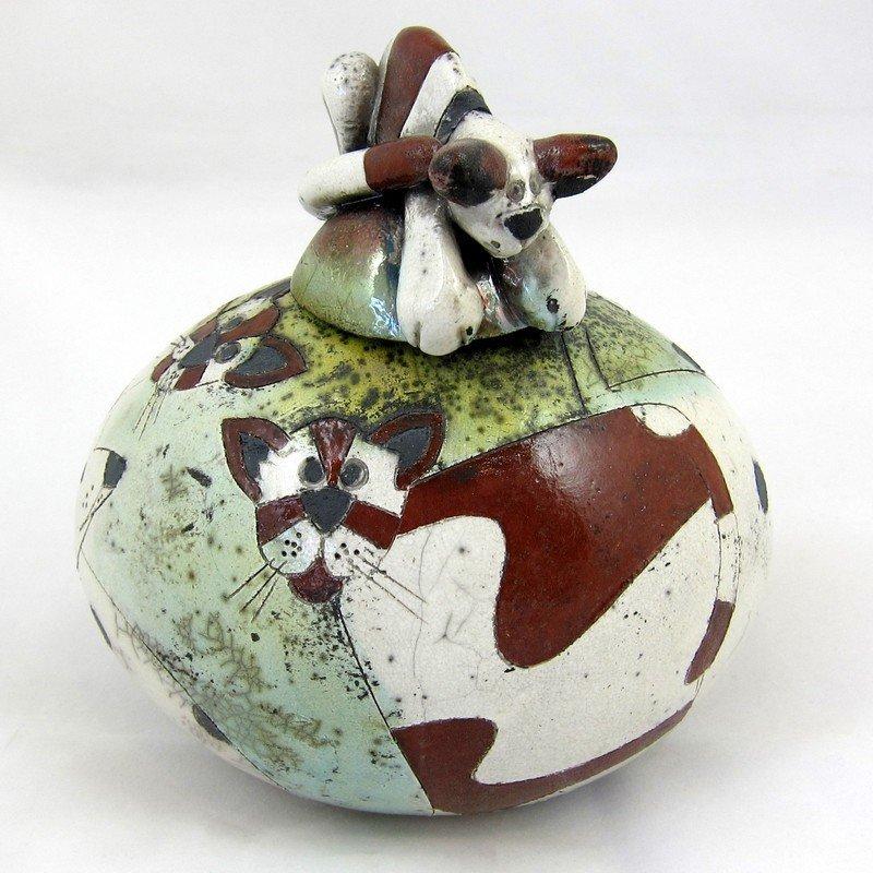 Raku Lidded Pot, by Rob Whelpton