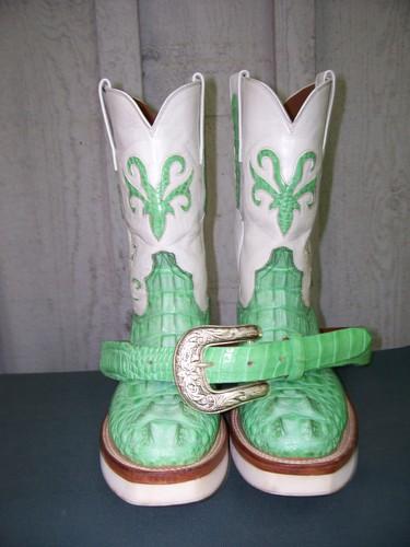 Custom pair of Black Jack boots in genuine hornback!!