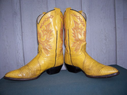 """Calling all 'Vintage Fashionistas""""....Majorly Cool Yellow Lizard Dan Post Boots!!"""