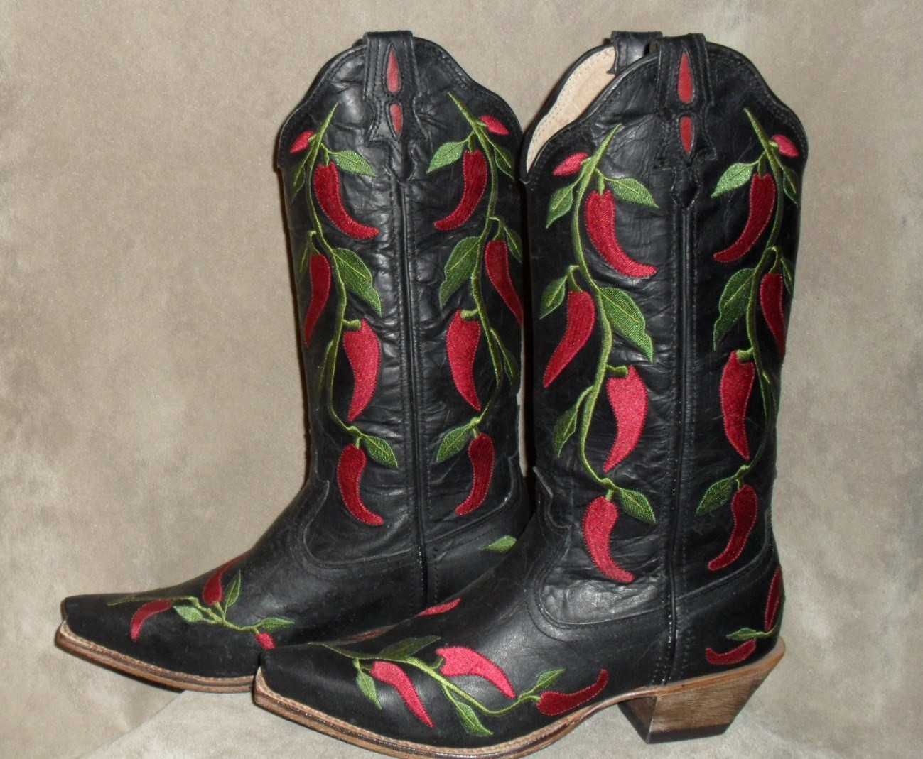 Brand new Twisted X boots....Hot, and we mean HOT!
