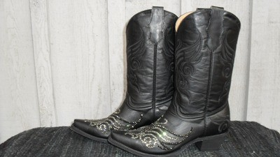 """Introducing our new """"Black Beauty"""" boots ... perfect for us Glam Girls!"""