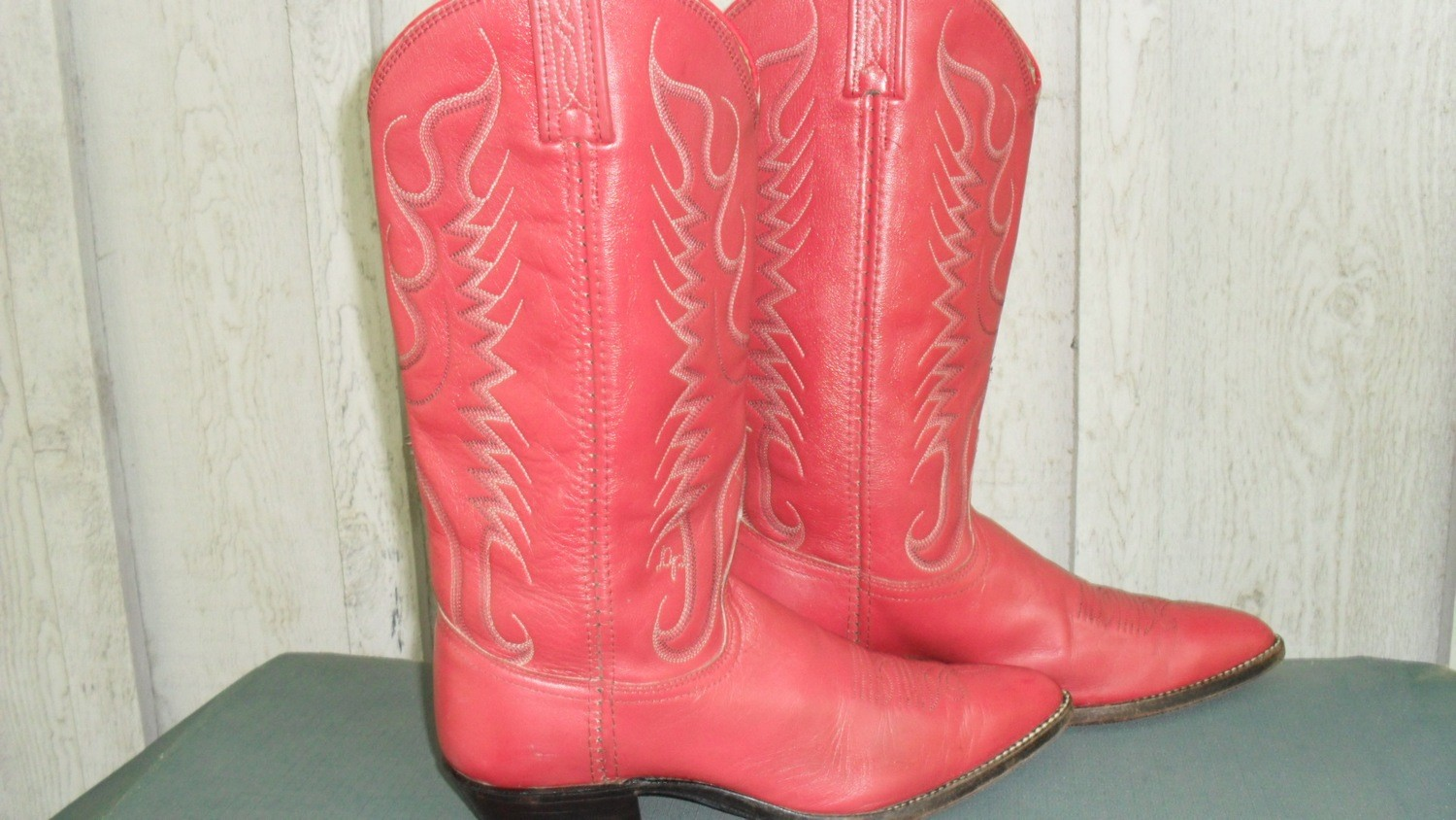 Red Hot Dan Post Boots Loaded With Fun!