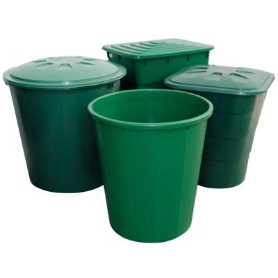 Зеленые емкости для полива растений и смешивания удобрений 02061