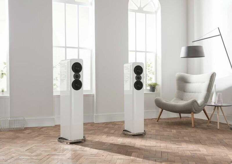 Q Acoustics Concept 500 save $4999.00 (sun-damaged)