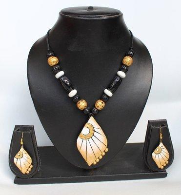 Terracotta Jewellery Necklace Set - NL083