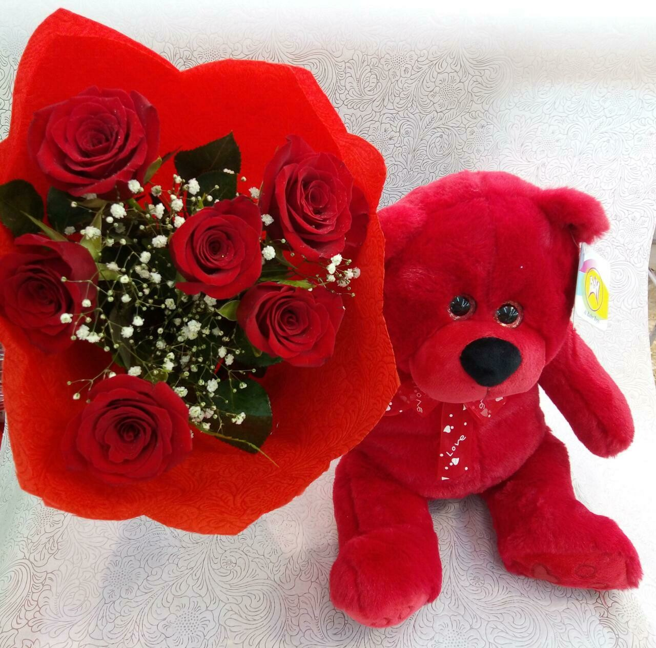 Red Roses Bouquet with Teddy.