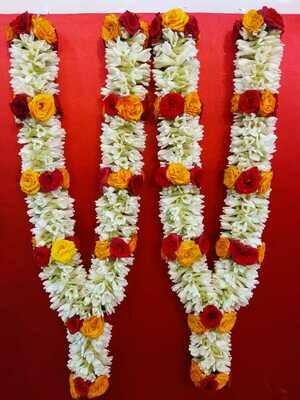 2 Tuberose and Roses Garland (Haar)