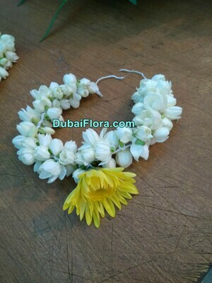 Jasmine Kangan Bracelet with Chrysanthemum (2 Pieces)