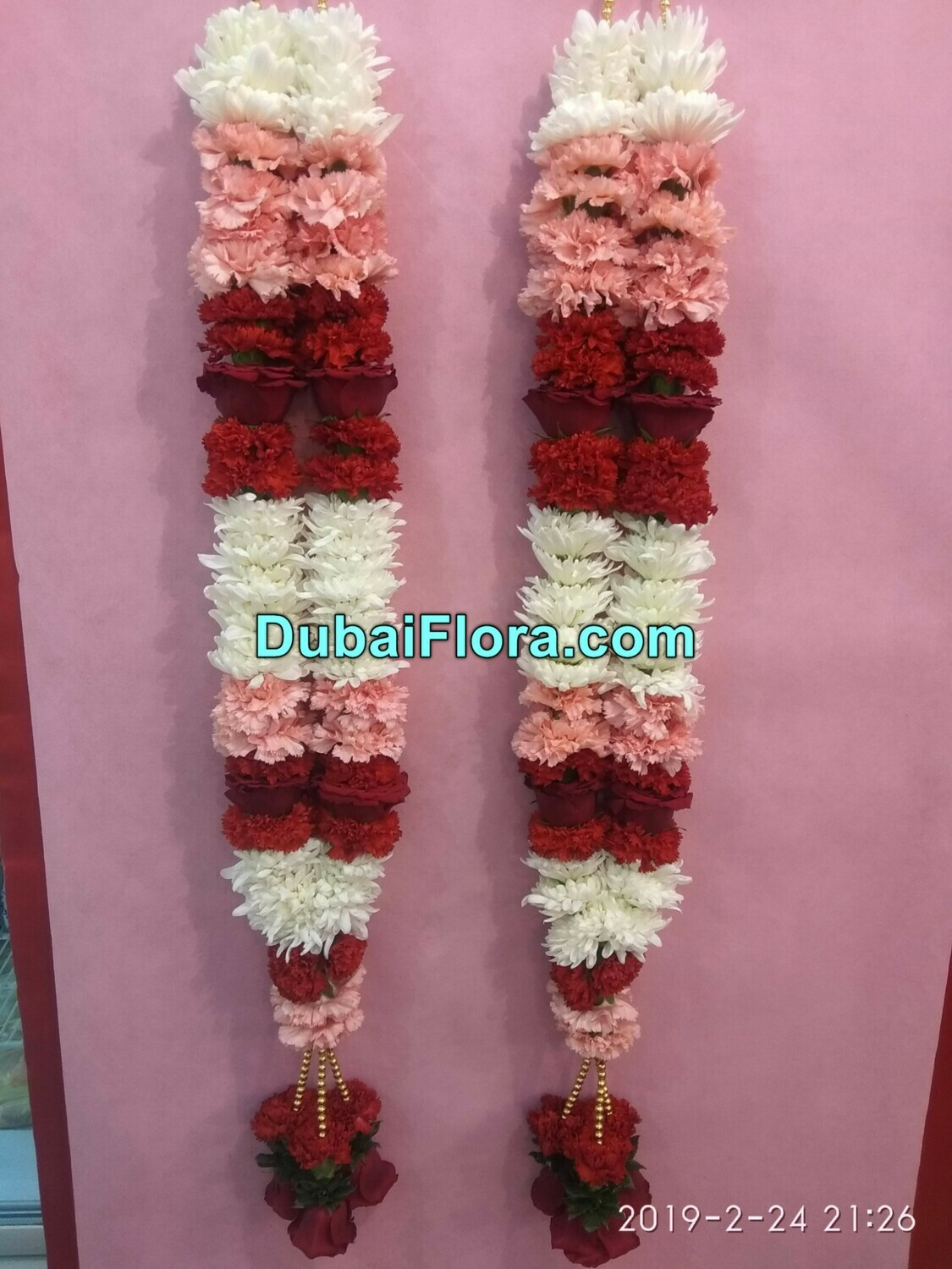2 Chrysanthemum and Carnation Garland with Roses