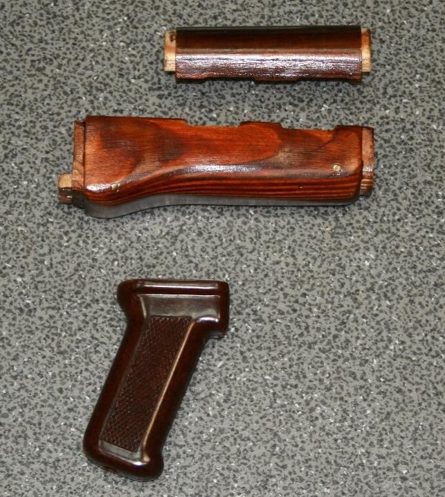 Комплект деревянных накладок+рукоятка текстолит Сайга-410К
