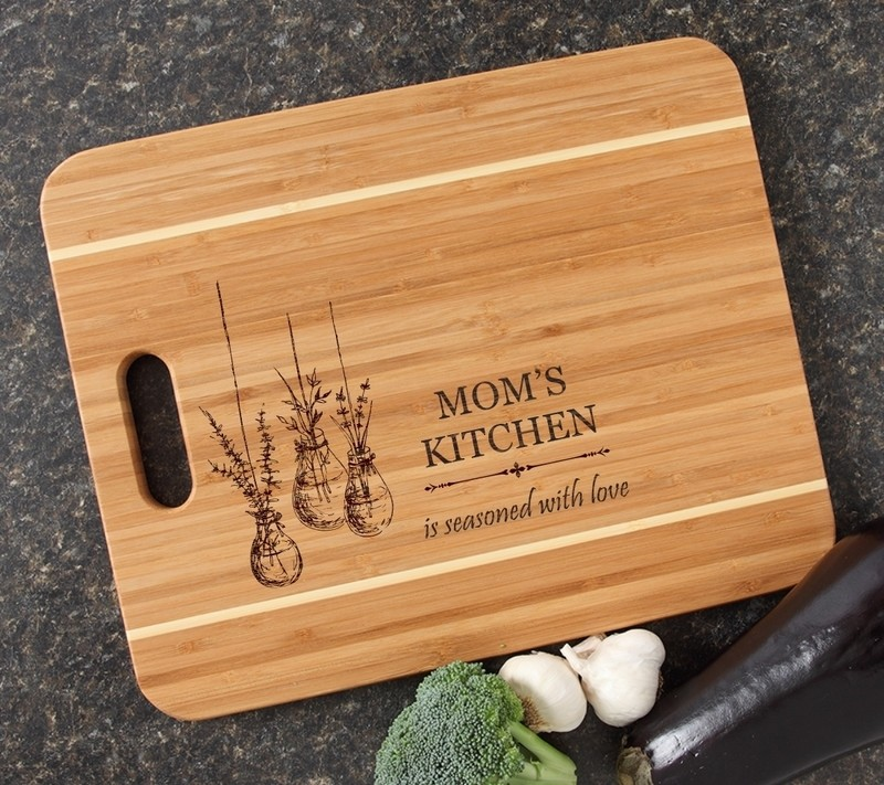 Personalized Cutting Board Engraved 15x12 Handle DESIGN 37