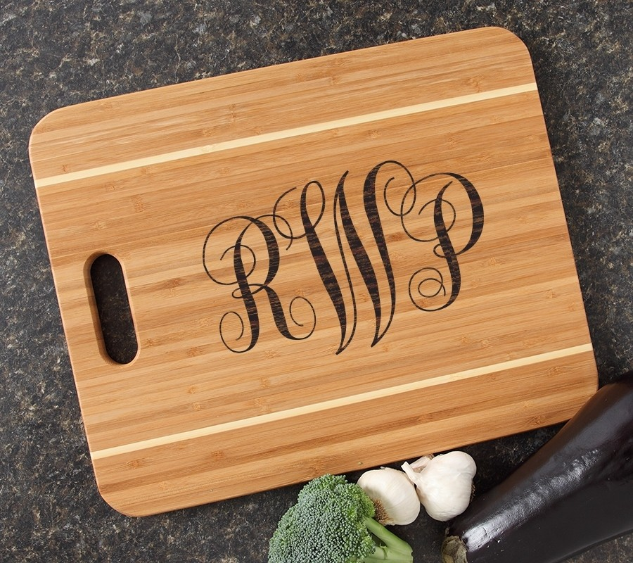 Personalized Cutting Board Engraved 15x12 Handle DESIGN 1