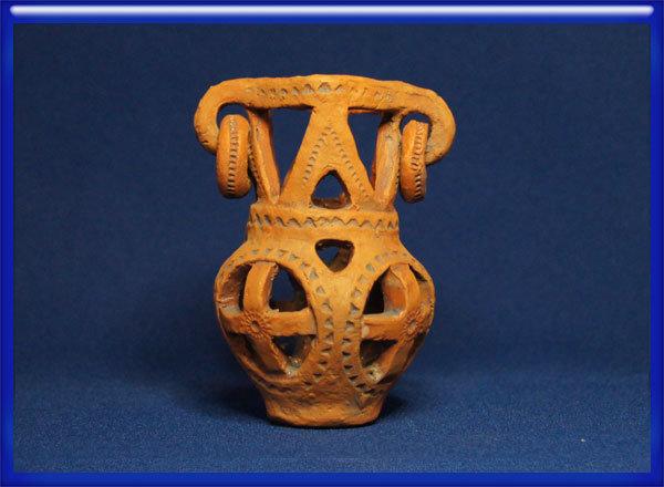 Глиняная свистулька