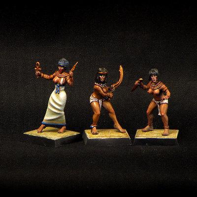 Armed Egyptian Girls (3 pcs)