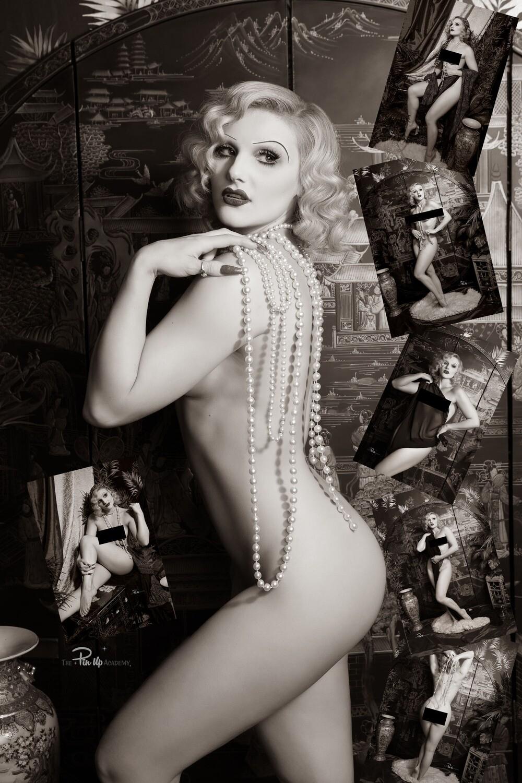 (7 Pinup Prints) Amelia Belle ''Art Nude''