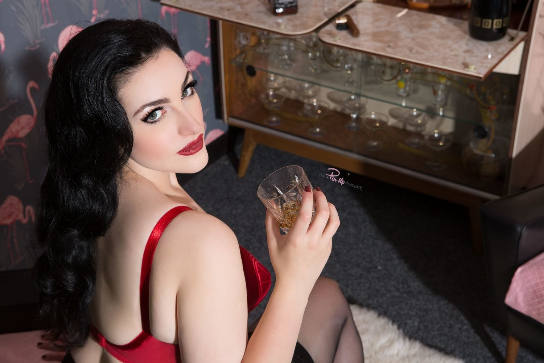 Sophia Black bombshell05