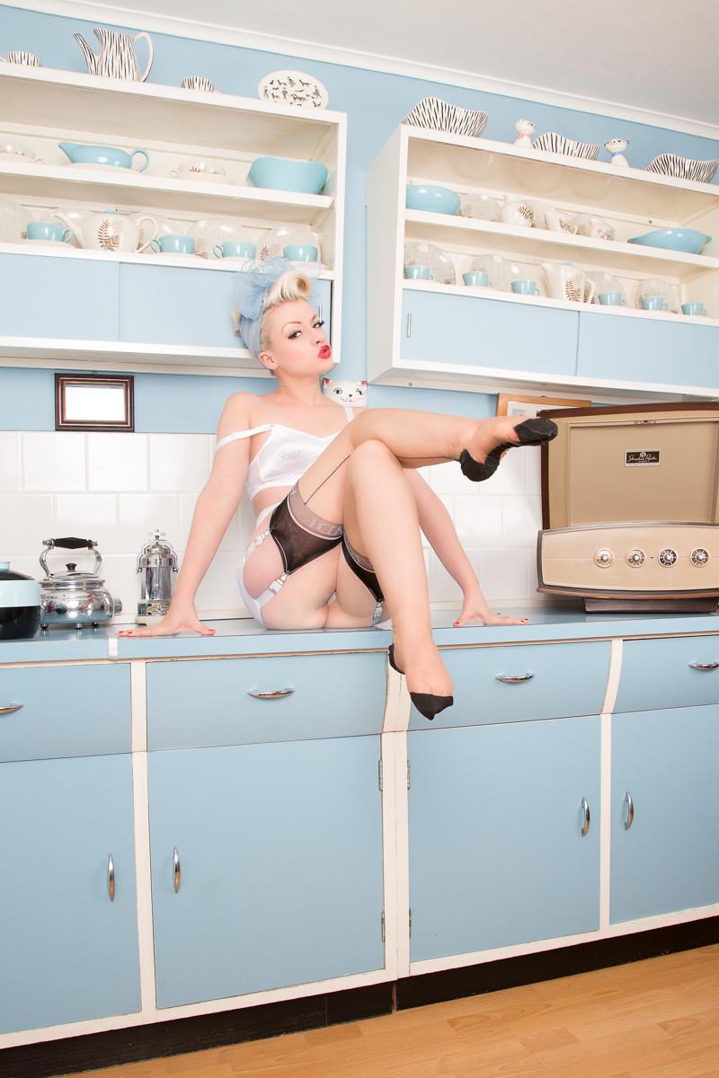 SINderella Rockafella Retro Kitchen