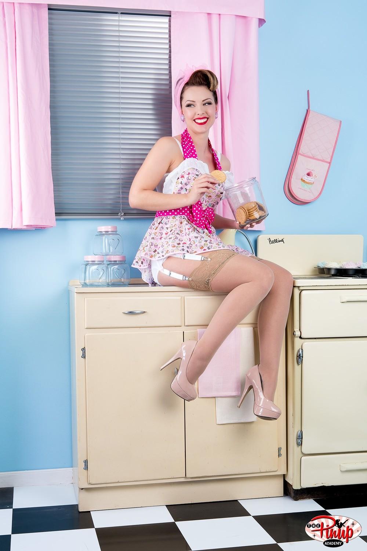 Heather Valentine kitchen