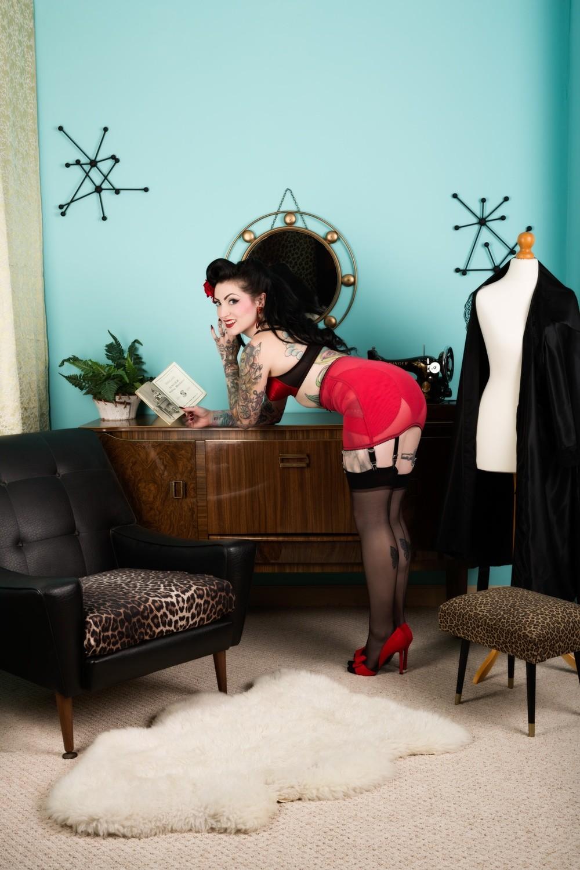 Lola Diamond red lingerie 03