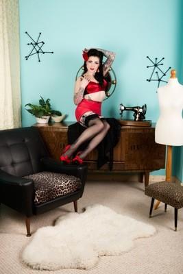 Lola Diamond red lingerie 02