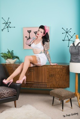 Lola Diamond white lingerie 04