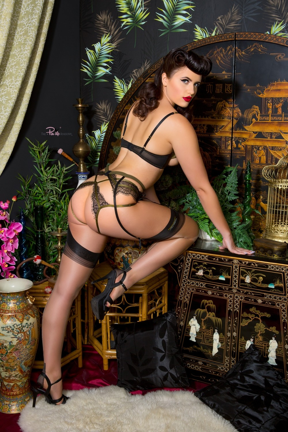 Frenchie Sinical 01