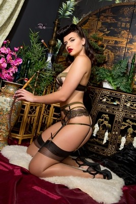 Frenchie Sinical 02